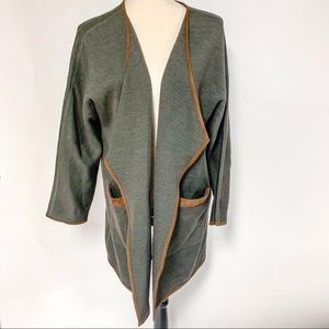 Soft Sureoundings Green Sweater/Topper, Size PM
